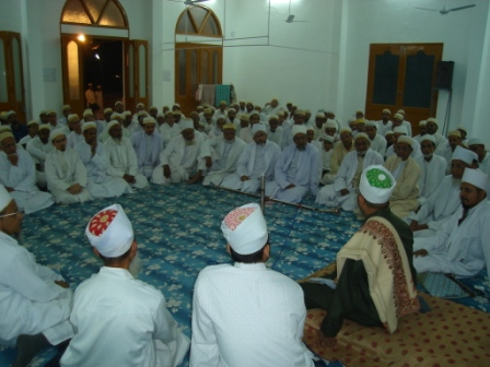 Majlis of the Shab-e-Urs at Shehaabi Masjid at Jannat ul-Mumineen